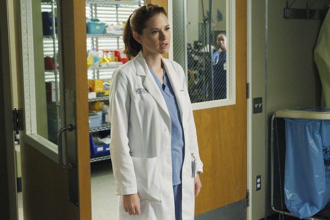 Kämpft weiterhin in ihrer neuen Rolle als Stationsärztin: April (Sarah Drew) ... - Bildquelle: ABC Studios