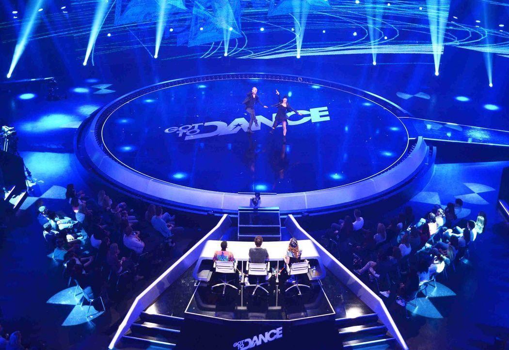 Got-To-Dance-BADitude-09-SAT1-ProSieben-Willi-Weber - Bildquelle: SAT.1/ProSieben/Willi Weber