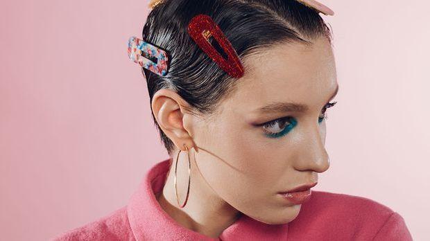 Haar-Accessoires für den trendigen Kurzhaarschnitt, dem Pixie-Cut