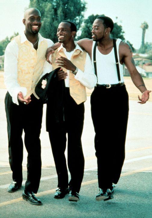 Auf dem Weg zum Altar beginnen die alten Freunde Slim (Richard T. Jones, l.), Roland (Taye Diggs, M.) und Mike (Omar Epps, r.), in ihren Erinnerunge... - Bildquelle: Paramount Pictures