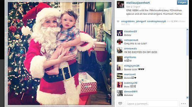 Weihnachtsmama Melissa Joan Hart - Bildquelle: Instagram/Melissa Joan Hart