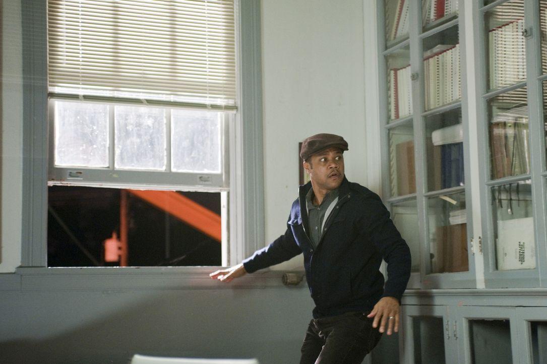 Die Zeit läuft Lewis Hicks (Cuba Gooding Jr.) davon und immer mehr Leichen kreuzen seinen Weg. Wird er den Serienmörder dank dessen Tagebuch aufha... - Bildquelle: 2011 Sony Pictures Worldwide Acquisitions Inc. All Rights Reserved.