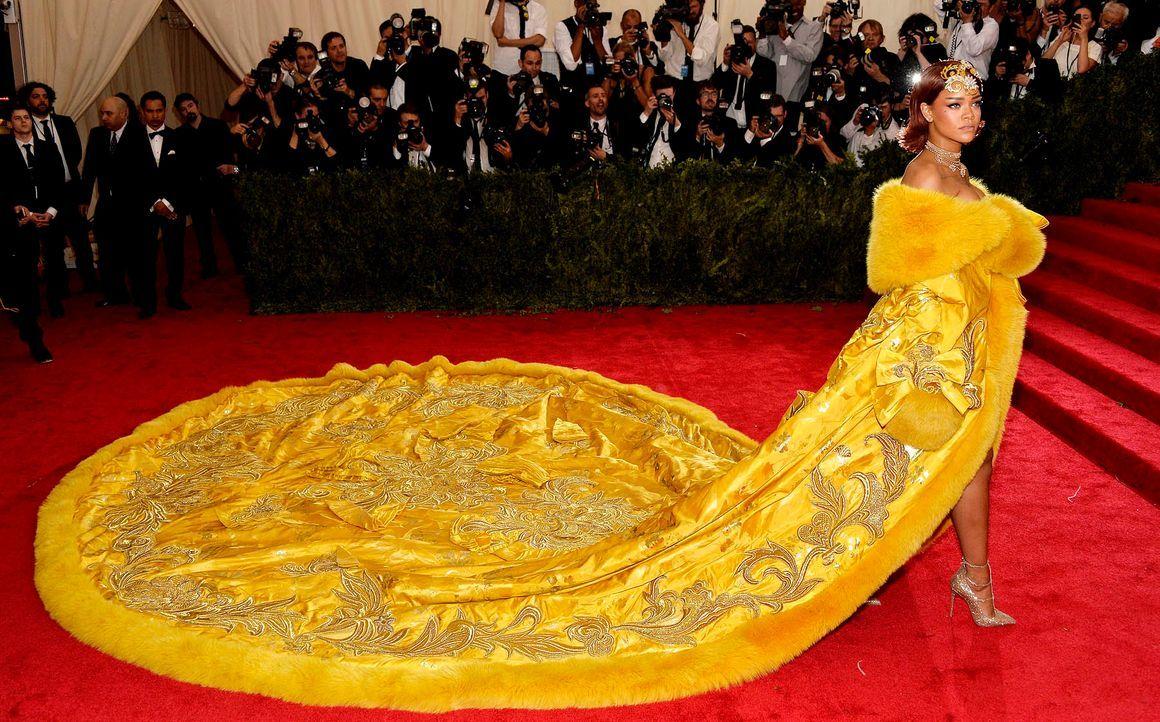 Met-Ball-Rihanna-15-05-04-1-dpa - Bildquelle: dpa