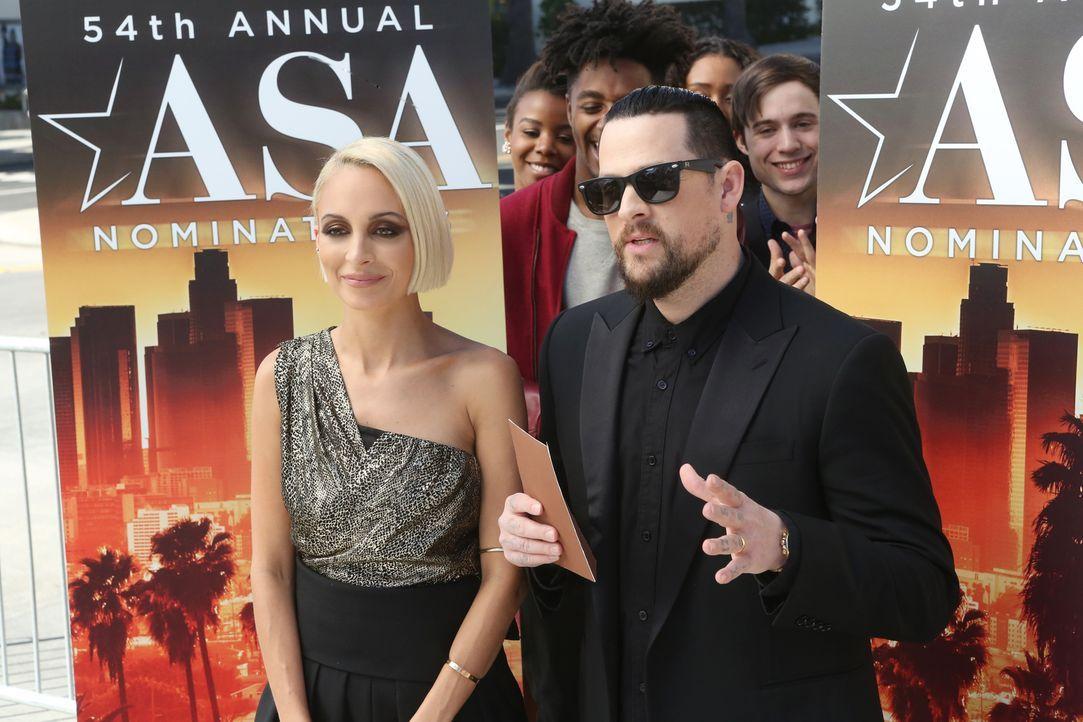 Sind beim American Sound Award mit dabei: Nicole Richie (Nicole Richie, l.) und Benji Madden (Benji Madden, r.) ... - Bildquelle: Chuck Hodes 2015-2016 Fox and its related entities.  All rights reserved.