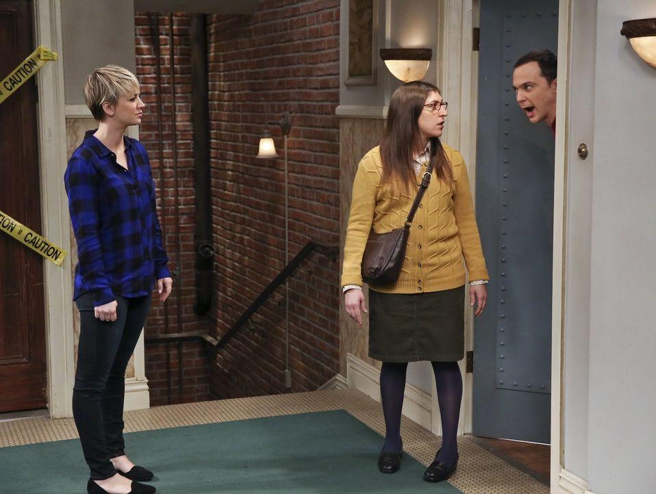 Kann Penny (Kaley Cuoco, l.) einen Streit zwischen Sheldon (Jim Parsons, r.) und Amy (Mayim Bialik, M.) schlichten? - Bildquelle: Warner Bros. Television