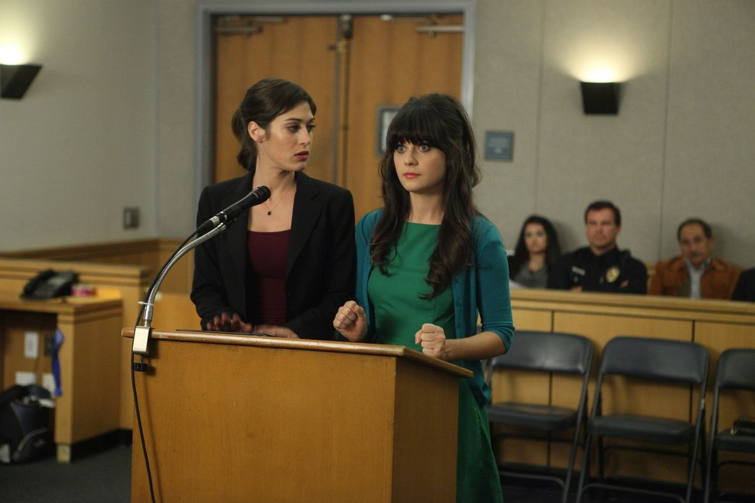Während Nick in Panik gerät weil seine neue Freundin Julia (Lizzy Caplan, l.) ihre Beziehung nicht benennen will, braucht Jess (Zooey Deschanel, r.)... - Bildquelle: 2012 Twentieth Century Fox Film Corporation. All rights reserved.