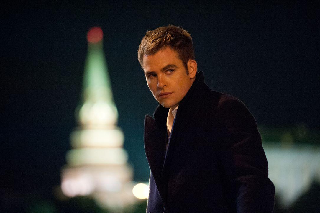 Kaum in Moskau angekommen, gerät Jack (Chris Pine) ins Visier mörderischer Russen. Den ersten Angriff kann er noch abwehren, doch weitere werden ber... - Bildquelle: Larry D Horricks MMXIV Paramount Pictures Corporation. All Rights Reserved.