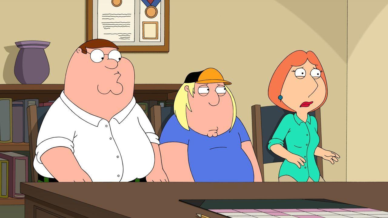 Nachdem Chris (M.) ein Penis-Foto an eine Mitschülerin geschickt hat, wird er als Sexualstraftäter registriert. Peter (l.) und Lois (r.) sind entset... - Bildquelle: 2015-2016 Fox and its related entities. All rights reserved.