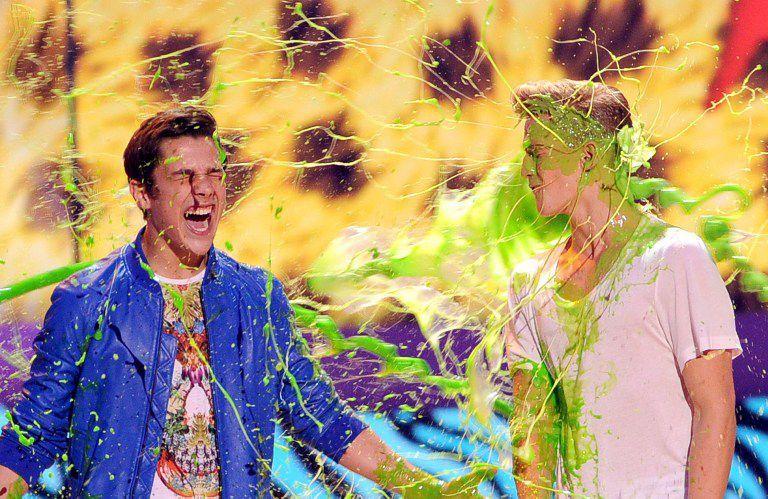 Kids-Choice-Awards-Austin-Mahone-Cody-Simpson-2-14-03-29-getty-AFP - Bildquelle: getty-AFP