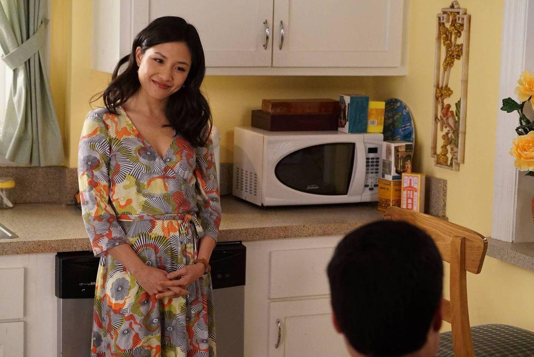 Weil Louis sich unglücklich das Bein bricht, wird Jessica (Constance Wu) dazu gezwungen, allein das Restaurant zu führen. Das wird jedoch nicht ganz... - Bildquelle: 2015-2016 American Broadcasting Companies. All rights reserved.