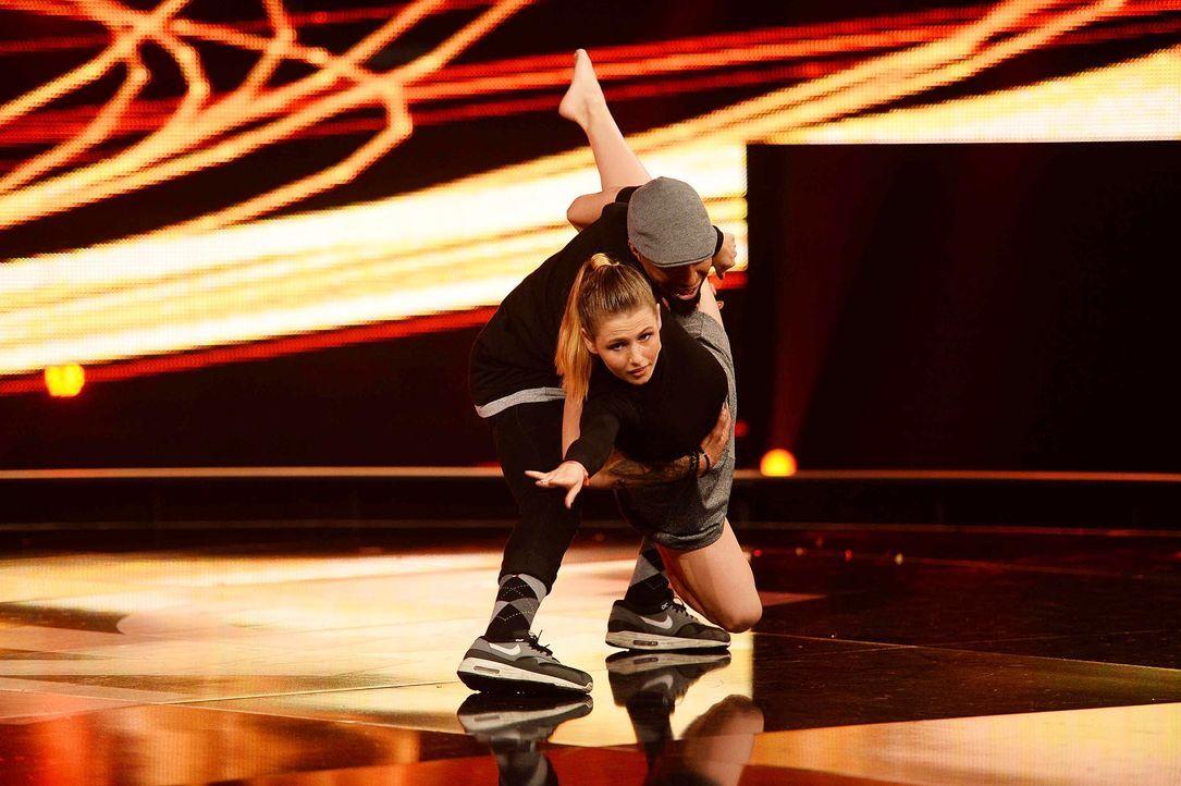 Got-To-Dance-Fiona-Lawrence-05-SAT1-ProSieben-Willi-Weber-TEASER - Bildquelle: SAT.1/ProSieben/Willi Weber