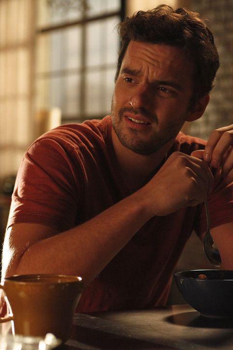 Empfindet Nick (Jake M. Johnson) mehr als nur Freundschaft für Jess? - Bildquelle: 20th Century Fox