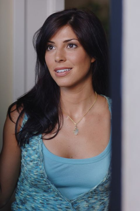 Ist total überrascht, als plötzlich Dean vor ihrer Tür steht: Lisa (Cindy Sampson) ... - Bildquelle: Warner Bros. Television