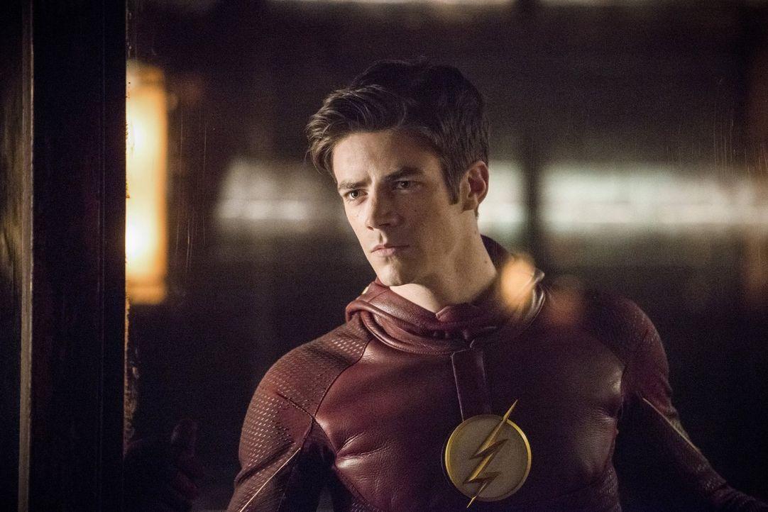 Selbst, wenn es seinen Freunden gelingen sollte Barry alias The Flash (Grant Gustin) zu retten, könnten Probleme mit der Weltenbrücke eine Rückkehr... - Bildquelle: Warner Bros. Entertainment, Inc.