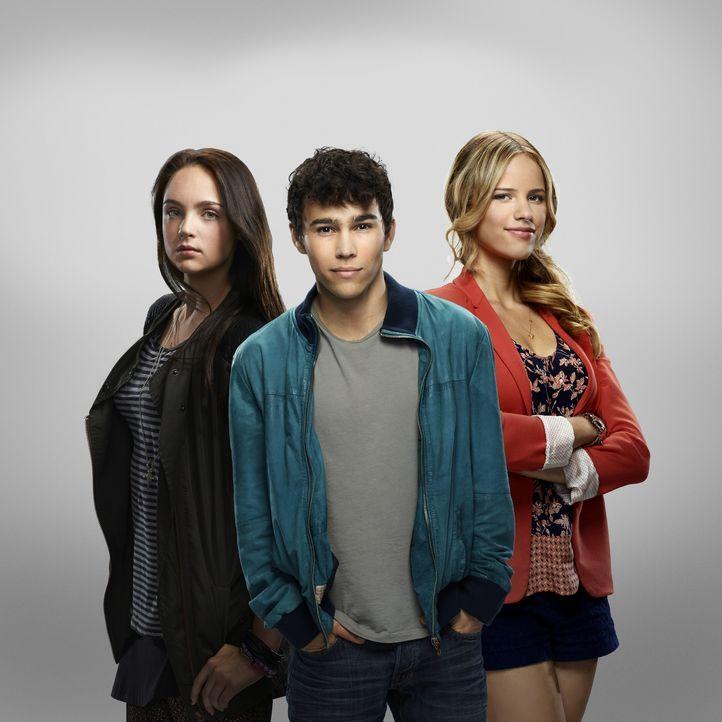 (1. Staffel) - Ein Albtraum beginnt, als sie gemeinsam mit ihren Mitschülern von Unbekannten entführt werden: Beth Ann (Stevie Lynn Jones, l.), Ian... - Bildquelle: 2013-2014 NBC Universal Media, LLC. All rights reserved.