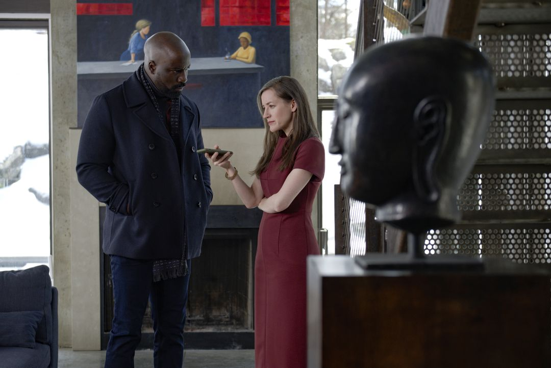 David Acosta (Mike Colter, l.); Emily Leroux (Brooke Bloom, r.) - Bildquelle: Jeff Neumann 2019 CBS Broadcasting Inc. All Rights Reserved. / Jeff Neumann