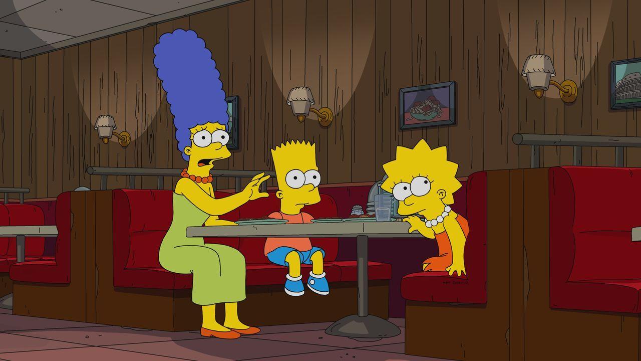 (v.l.n.r.) Marge; Bart; Lisa - Bildquelle: 2019-2020 Twentieth Century Fox Film Corporation.  All rights reserved.