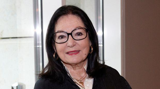 Mouskouri gestorben nana Nana Mouskouri