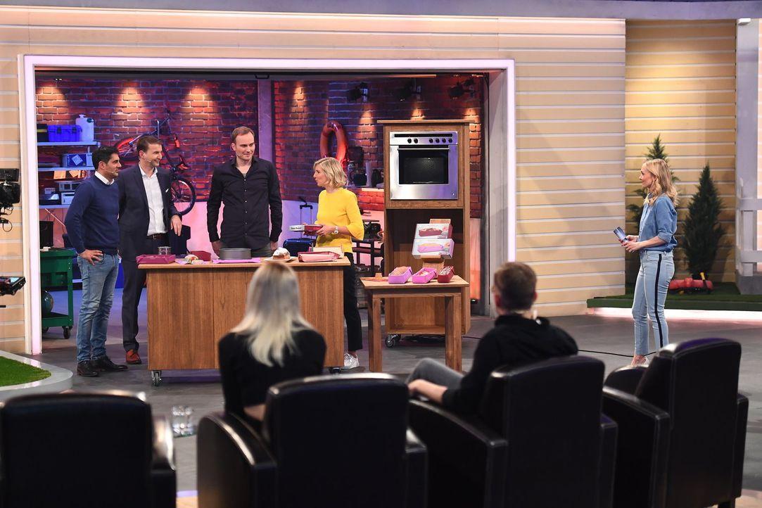 (v.l.n.r.) Marc Elsen; Hans-Jürgen Moog; Ralf Scheel; Lea-Sophie Cramer; Janin Ullmann - Bildquelle: Willi Weber ProSieben/Willi Weber