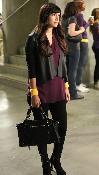 So hat sich Cece (Hannah Simone) ihr erstes Date mit Coach nicht vorgestellt ... - Bildquelle: 2013 Twentieth Century Fox Film Corporation. All rights reserved.