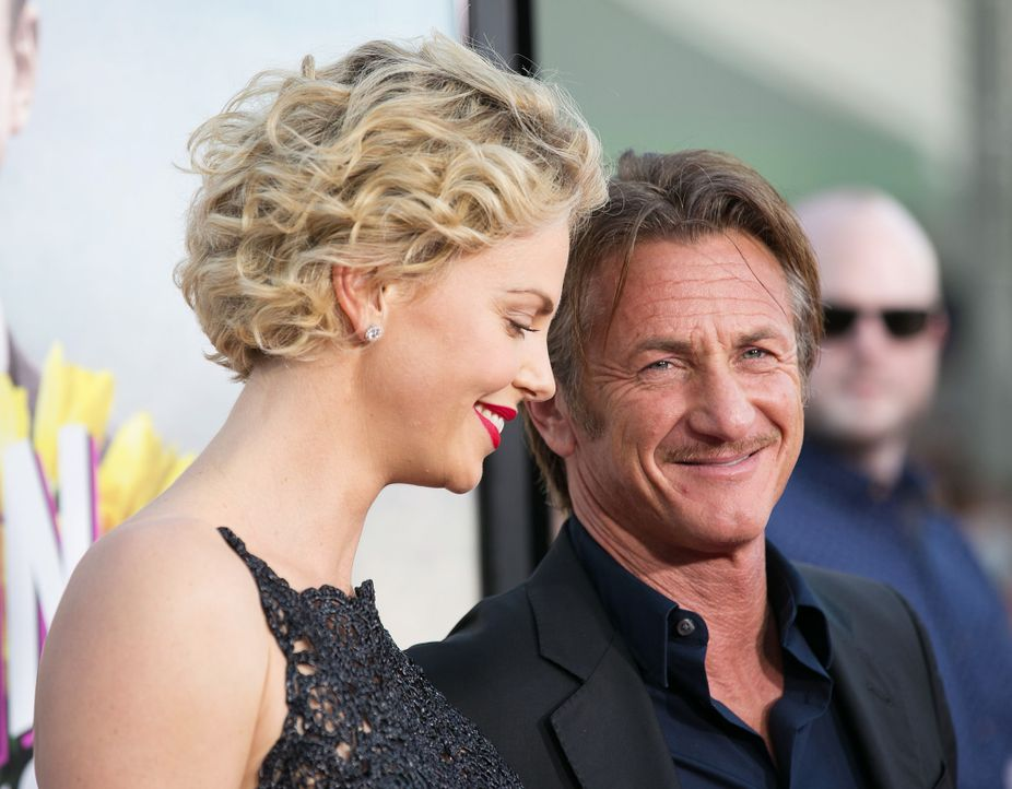 A-Million-Ways-To-Die-In-The-West-Premiere-LA-Charlize-Theron-Sean-Penn-140515-Brian-To-WENN-com - Bildquelle: Brian To/WENN.com