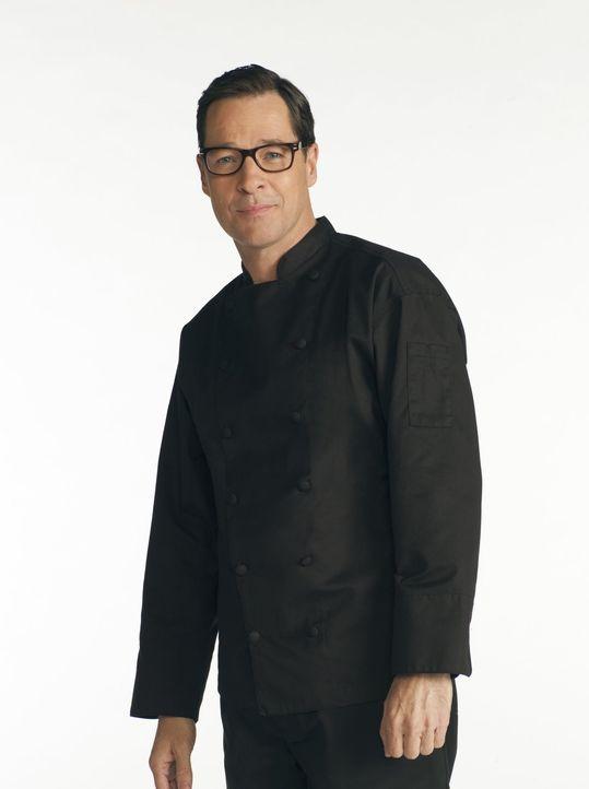 (1. Staffel) - Ein jähzorniger Koch eines Schickimicki-Restaurants in Napa Valley: Rudy (French Stewart) ... - Bildquelle: Warner Bros. Television