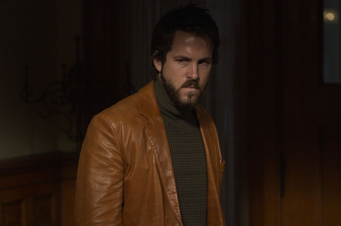 Ein Jahr nach einem Amoklauf, bei dem sechs Personen starben, bezieht die Familie Lutz (Ryan Reynolds) ihr Traumhaus in Amityville - den Schauplatz... - Bildquelle: Metro-Goldwyn-Mayer Studios Inc. All Rights Reserved.