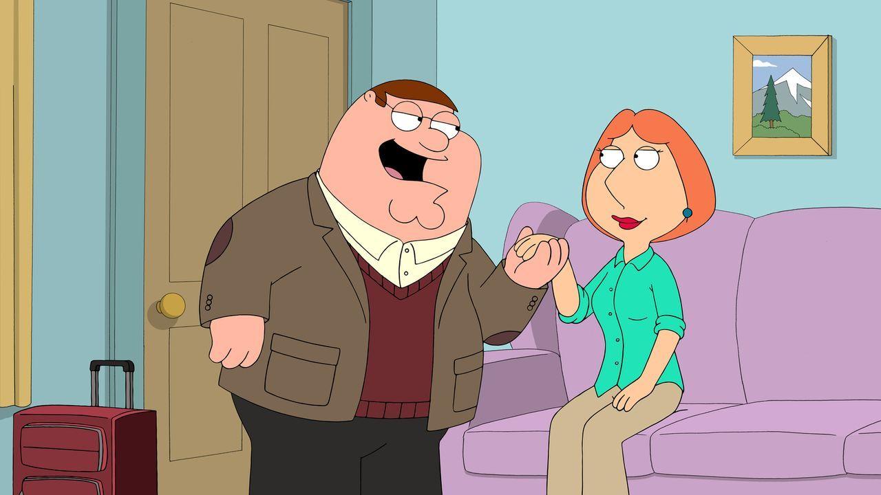Nachdem Peter (l.) von Lois (r.) als dumm beschimpft wurde, unternimmt er einige Dienstreisen, um sich weiterzubilden. Als er schlau, kultiviert und... - Bildquelle: 2014 Twentieth Century Fox Film Corporation. All rights reserved.