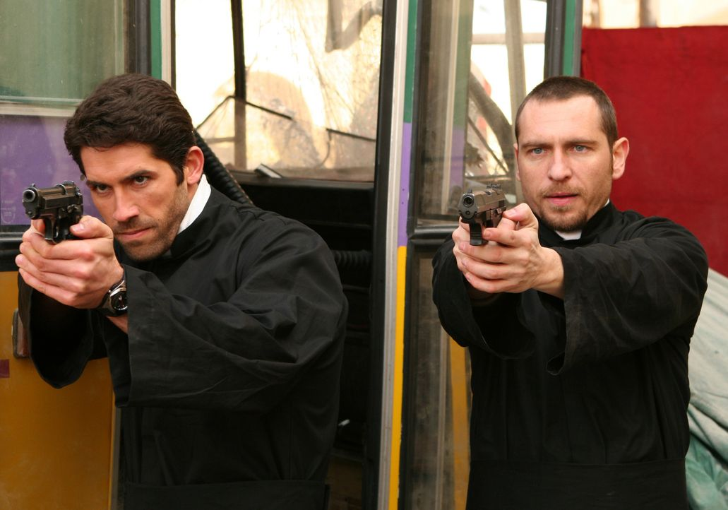 Ein eingespieltes Team: Karp (Scott Adkins, l.) und Benjamin Meyers (Stephen Lord, r.) ... - Bildquelle: 2008 Worldwide SPE Acquisitions Inc. All Rights Reserved.
