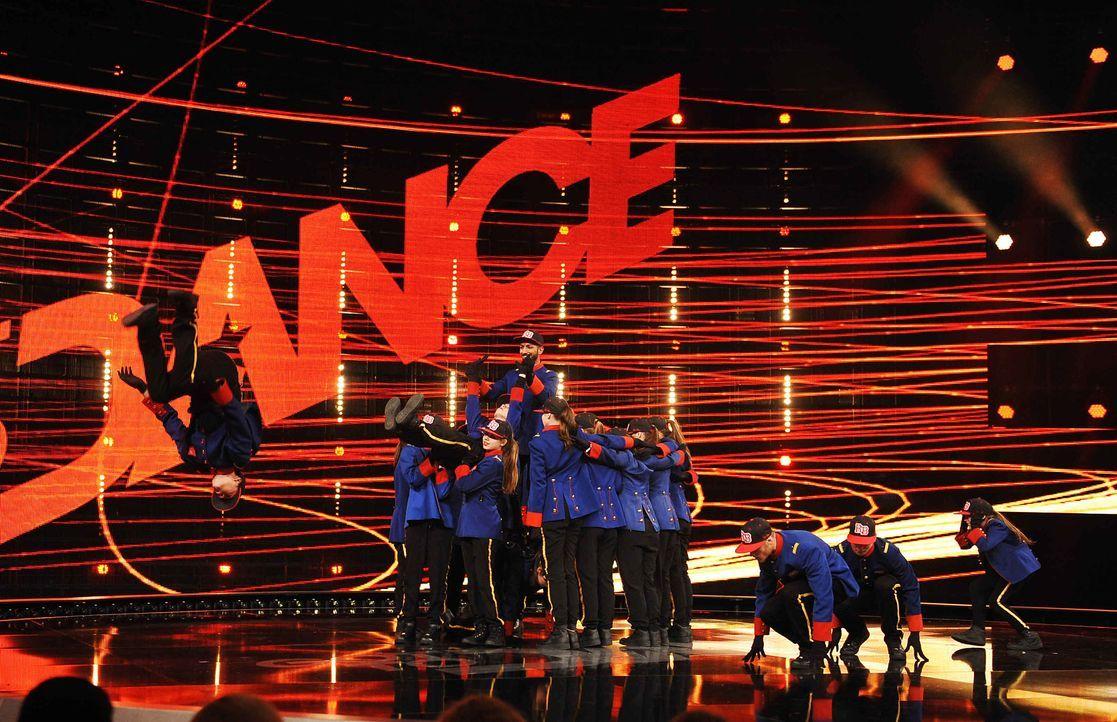 Got-To-Dance-Danceroom-02-SAT1-ProSieben-Willi-Weber - Bildquelle: SAT.1/ProSieben/Willi Weber