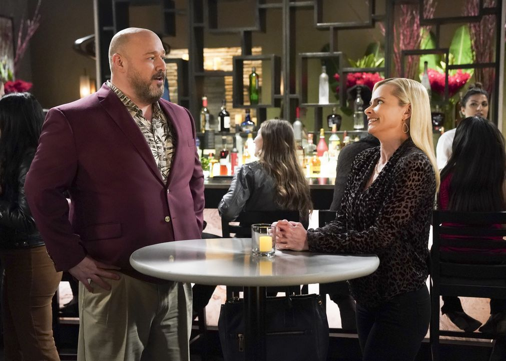 Andy (Will Sasso, l.); Jill (Jaime Pressly, r.) - Bildquelle: Sonja Flemming 2018 WBEI. All rights reserved.