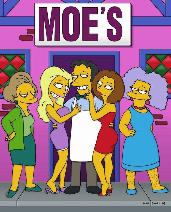 Nach seiner Schönheitsoperation wird Moe (M.) von den Damen umschwärmt. - Bildquelle: und TM Twenthieth Century Fox Film Corporation - Alle Rechte vorbehalten
