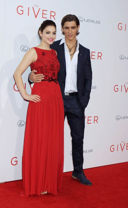 The-Giver-Premiere-NY-Odeya-Rush-Brenton-Thwaites-14-08-11-Michael-Carpenter-WENN-com - Bildquelle: Michael Carpenter/WENN.com