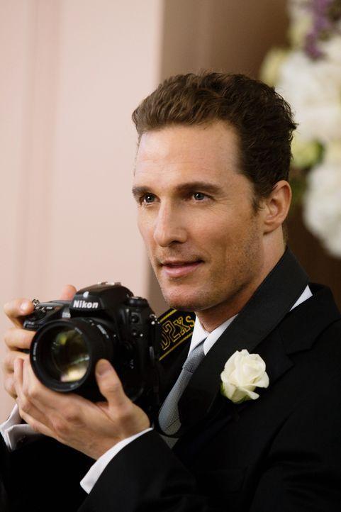 Promi-Fotograf Connor Mead (Matthew McConaughey) liebt seine Freiheit, seinen Spaß und die Frauen ... - Bildquelle: 2008   Warner Brothers
