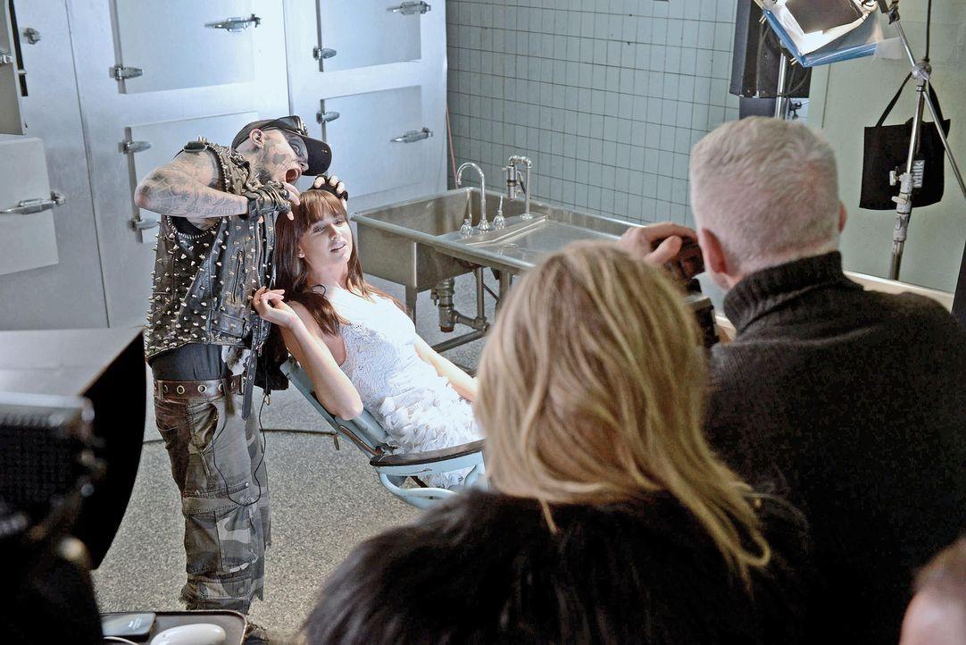 gntm-stf08-epi03-zombie-boy-shooting-39-oliver-s-prosiebenjpg 2000 x 1334 - Bildquelle: Oliver S. - ProSieben