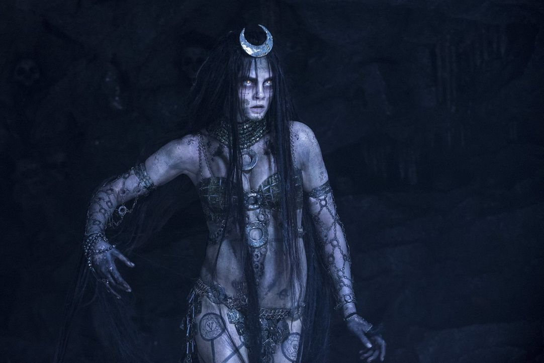 June Moone / Enchantress (Cara Delevingne) - Bildquelle: Warner Bros.