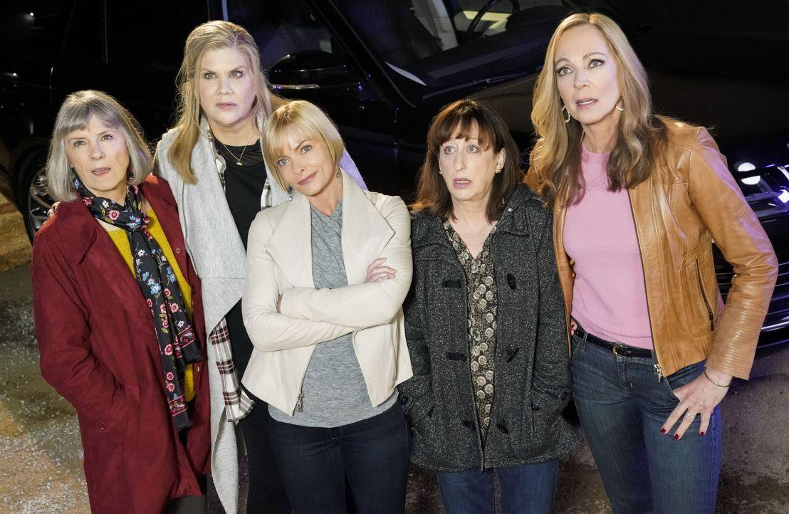(v.l.n.r.) Marjorie (Mimi Kennedy): Tammy (Kristen Johnston); Jill (Jaime Pressly); Wendy (Beth Hall); Bonnie (Allison Janney) - Bildquelle: Warner Bros. Entertainment, Inc.