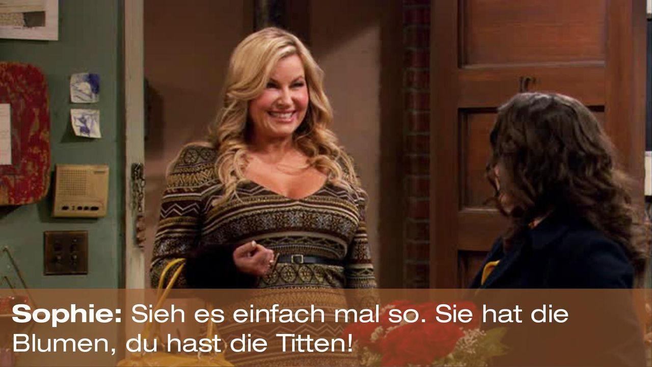 zitat-quote-spruch-2-broke-girls-episode-16-gebrochene-herzen-sophie-titten-foxpng 1600 x 900 - Bildquelle: Warner Brothers Entertainment Inc.