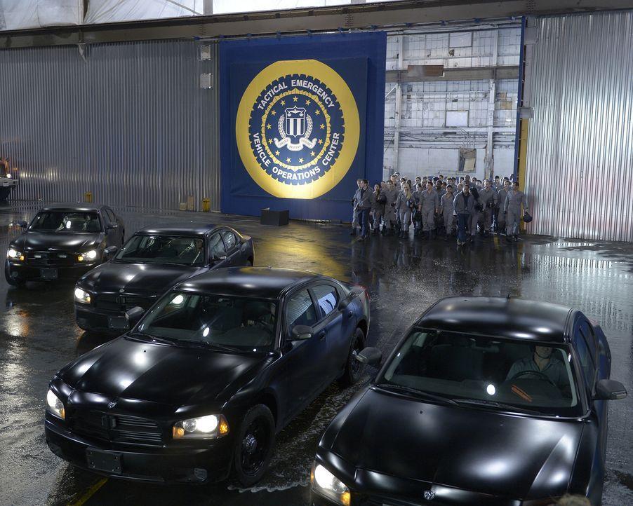 Auf die Rekruten warten Fahrstunden - doch keine normalen ... - Bildquelle: Philippe Bosse 2015 ABC Studios