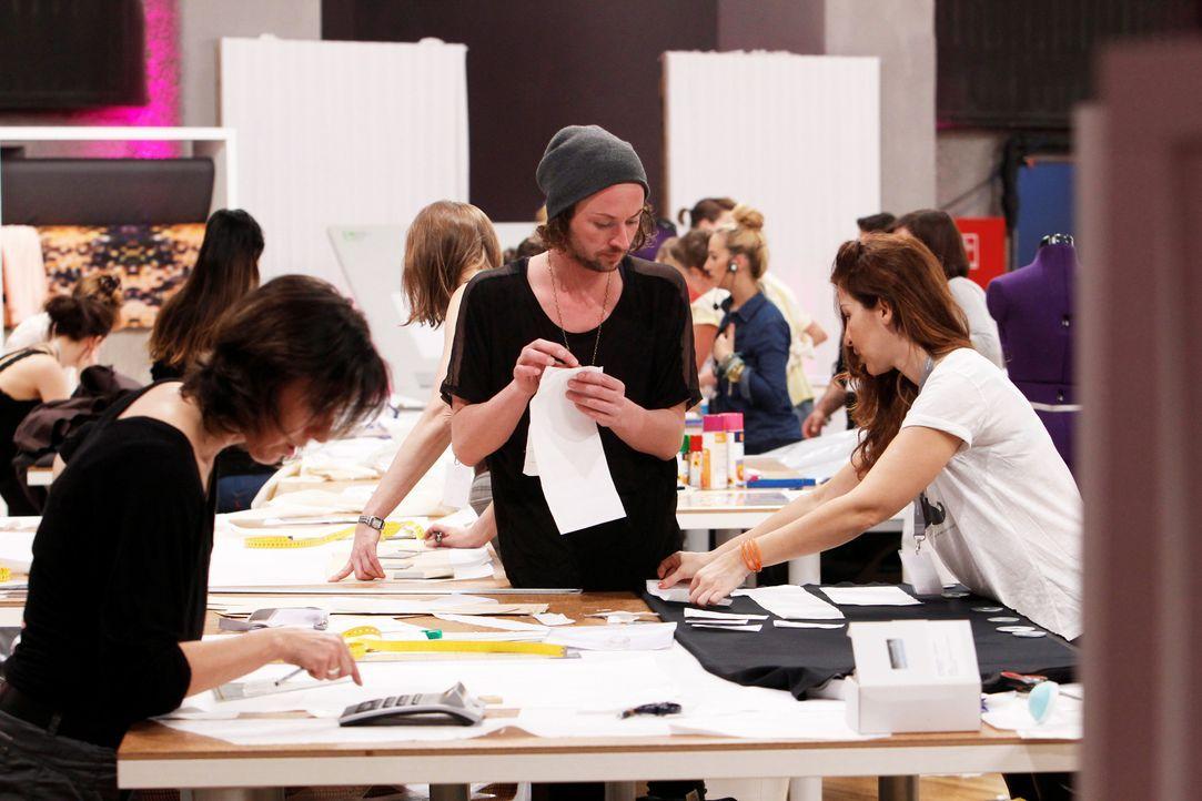 Fashion-Hero-Epi01-Atelier-21-ProSieben-Richard-Huebner - Bildquelle: ProSieben / Richard Huebner