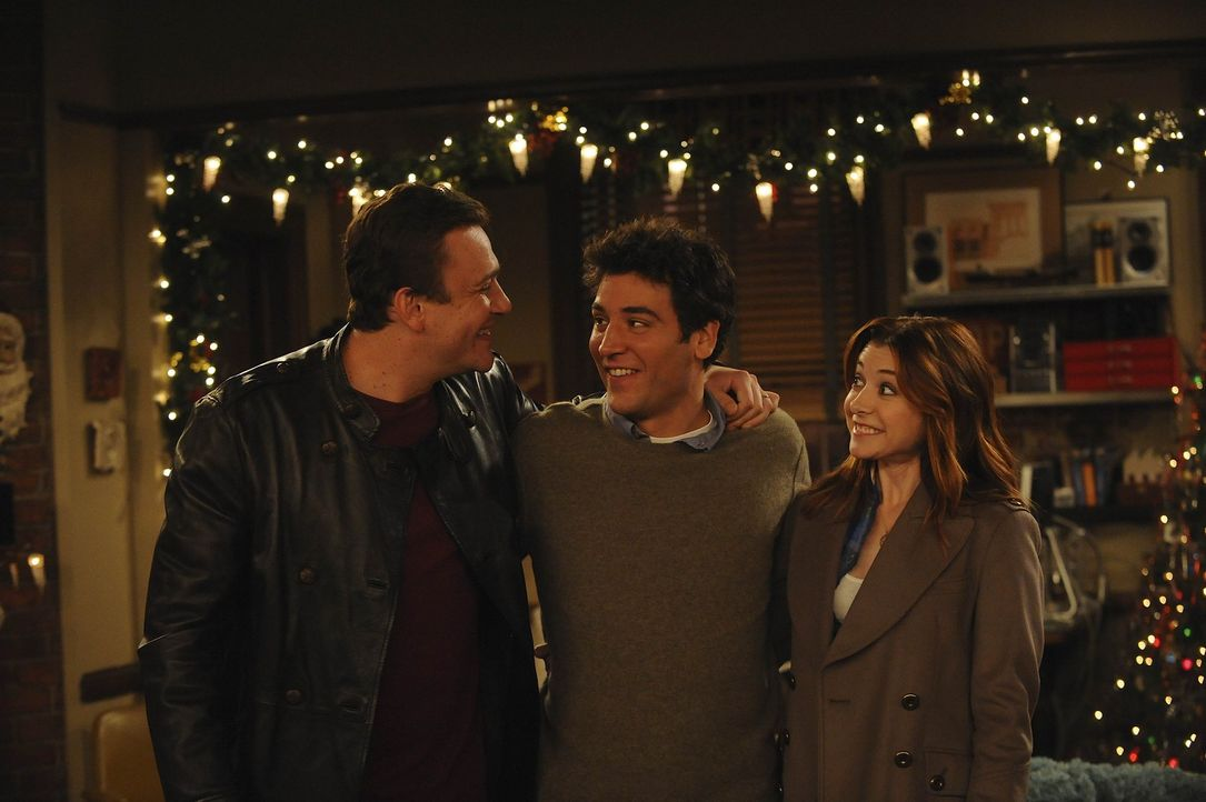 Ted (Josh Radnor, M.) erfährt, dass Lilys (Alyson Hannigan, r.) Schwangerschaftstest positiv ist. Die Tatsache, dass Lily und Marshall (Jason Segel... - Bildquelle: 20th Century Fox International Television