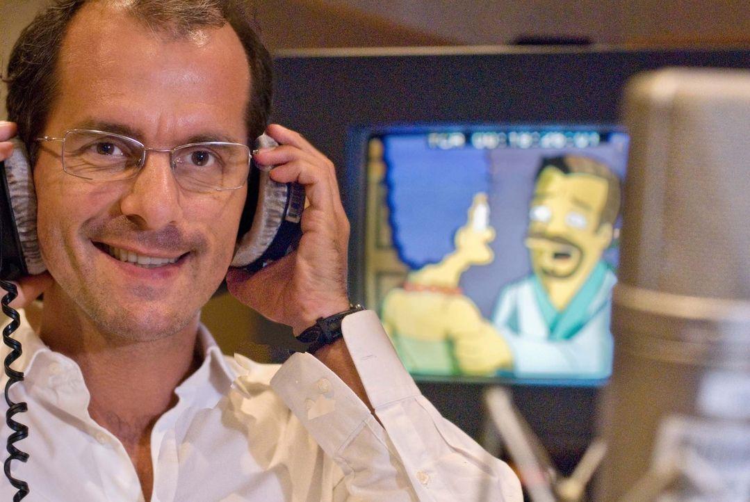 """Christoph Maria Herbst betritt gelbes Terrain! In der Folge """"Frauentausch"""", versucht er als absoluter Romantiker das Herz von Marge Simpson zu erobe... - Bildquelle: ProSieben"""