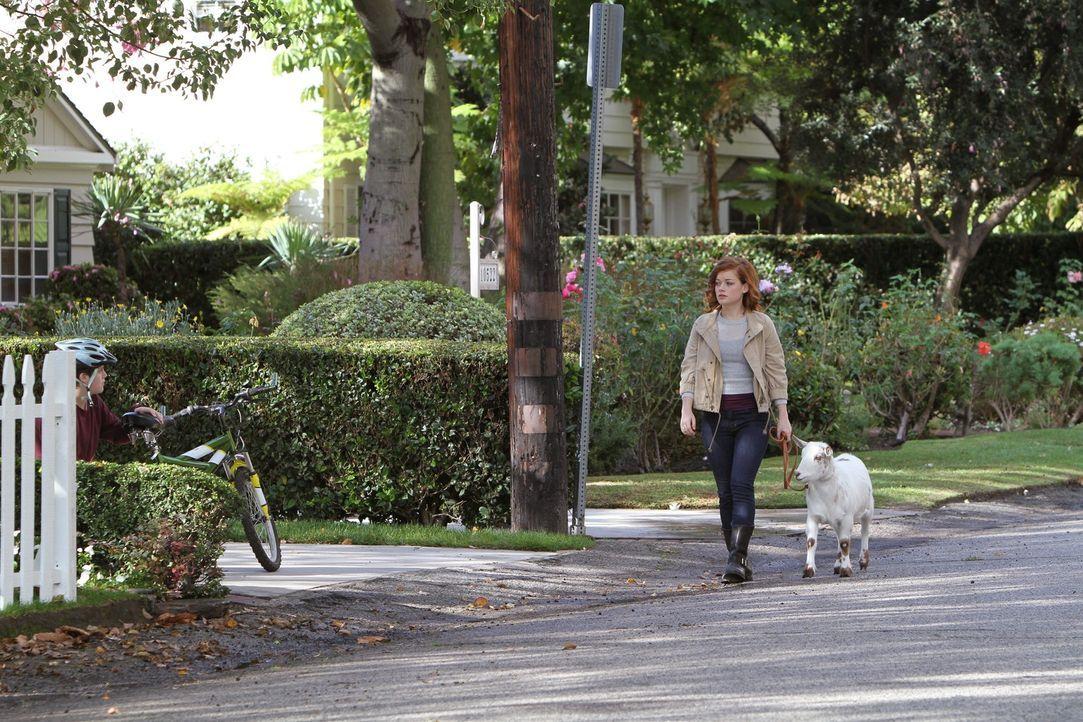 Tessa (Jane Levy) muss feststellen, dass sie sich immer weniger von Scott angezogen fühlt. Doch weil sie sauer auf George ist, macht sie nicht mit... - Bildquelle: Warner Brothers