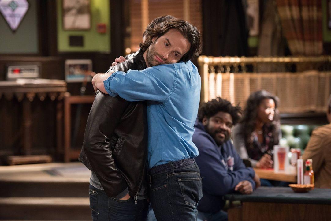 Kein Mensch für Gefühlsausbrüche: Danny (Chris D'Elia) ... - Bildquelle: Warner Brothers
