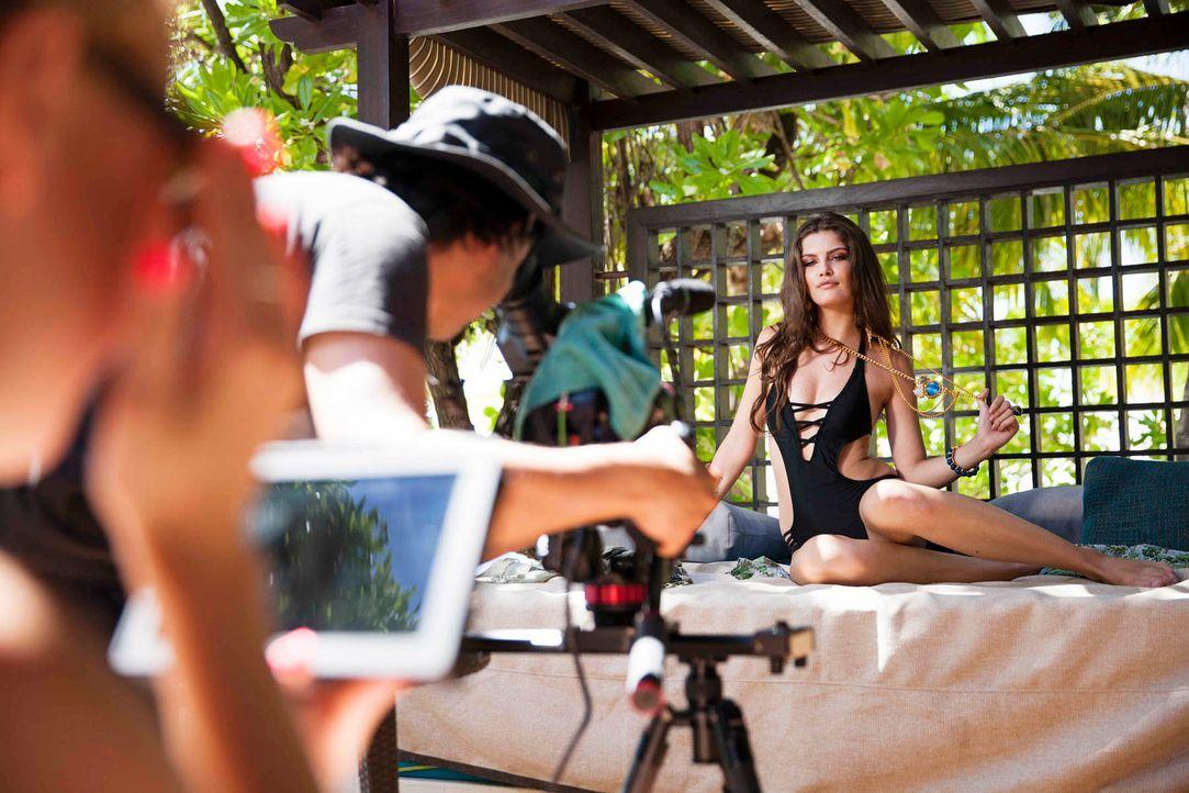 GNTM-Stf10-Epi14-Making-Ofs-Malediven-01-Vanessa-Boris-Breuer - Bildquelle: Boris Breuer
