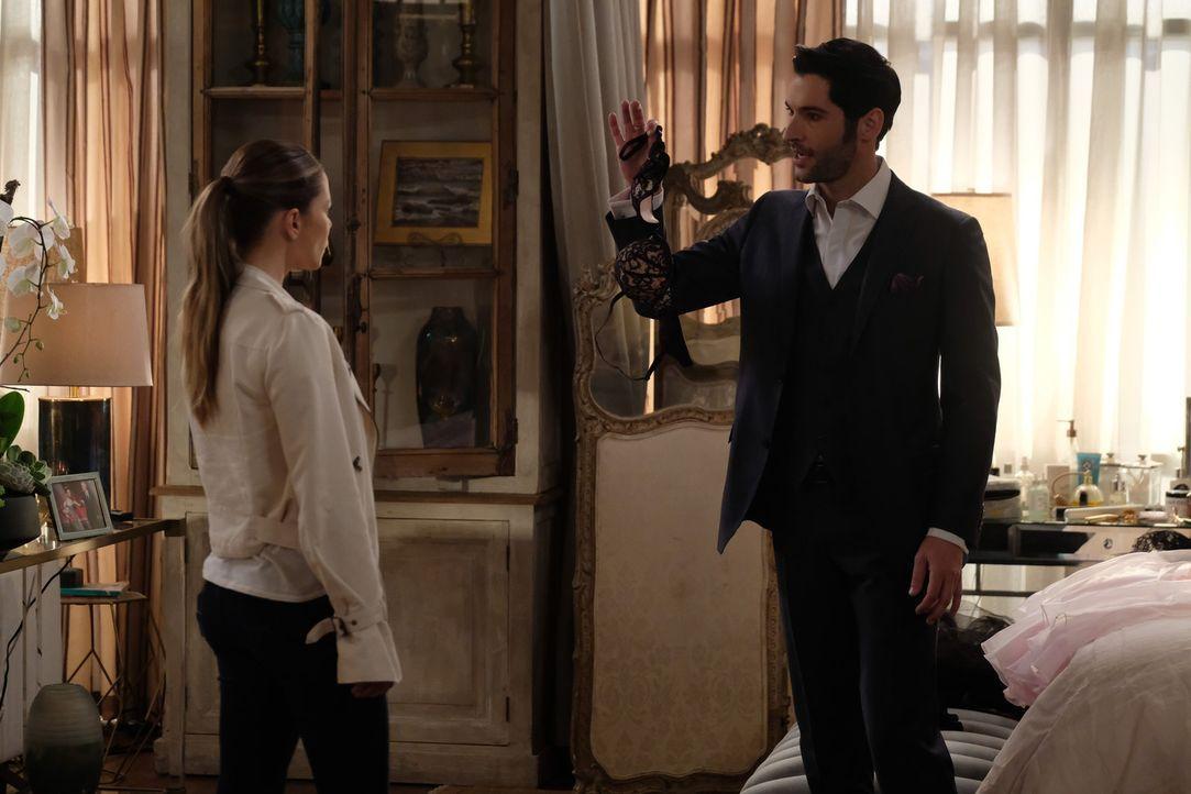 Chloe (Lauren German, l,); Lucifer (Tom Ellis, r.) - Bildquelle: 2017 Fox Broadcasting Co.