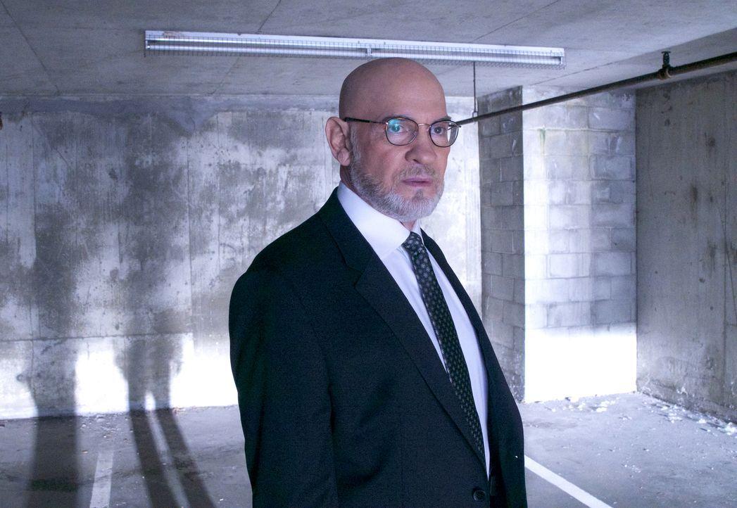 Wird Skinner (Mitch Pileggi) die beiden Agenten Scully und Mulder bei einem neuen Fall unterstützen oder ist das gegenseitige Misstrauen zu groß? - Bildquelle: Shane Harvey 2017 Fox and its related entities.  All rights reserved.