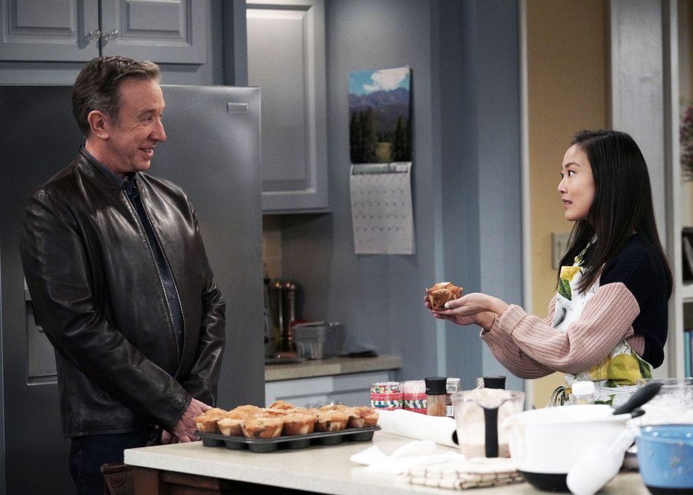 Mike Baxter (Tim Allen, l.); Jen (Krista Marie Yu, r.) - Bildquelle: Michael Becker 2019-2020 Fox Media LLC.  All rights reserved. / Michael Becker