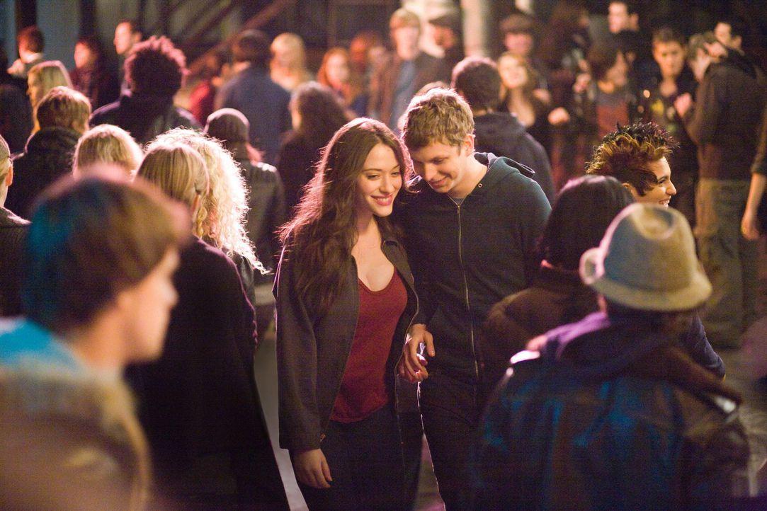 Erleben eine unvergessliche Nacht: Nick (Michael Cera, r.) und Norah (Kat Dennings, l.) ... - Bildquelle: 2008   CPT Holdings, Inc. All Rights Reserved. (Sony Pictures Television International)