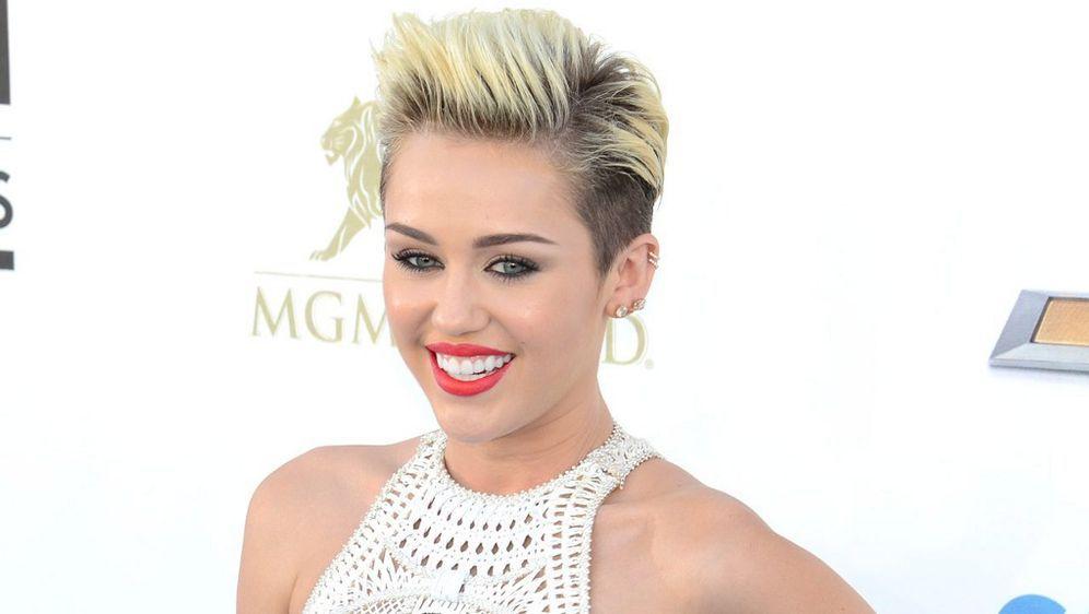 Miley Cyrus Mit Pixie Cut Sangerin Gewinnt Wahl Der Schlimmsten